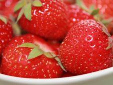 Strawberries 278552 640